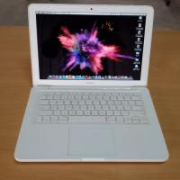 Apple MacBook 7.1