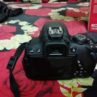Canon 700D with kit and 50mm prime lens