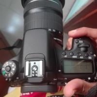 Canon Eos 70D only body.