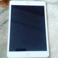 Apple Ipad 16 GB Wifi Space Grey (Negotiable)